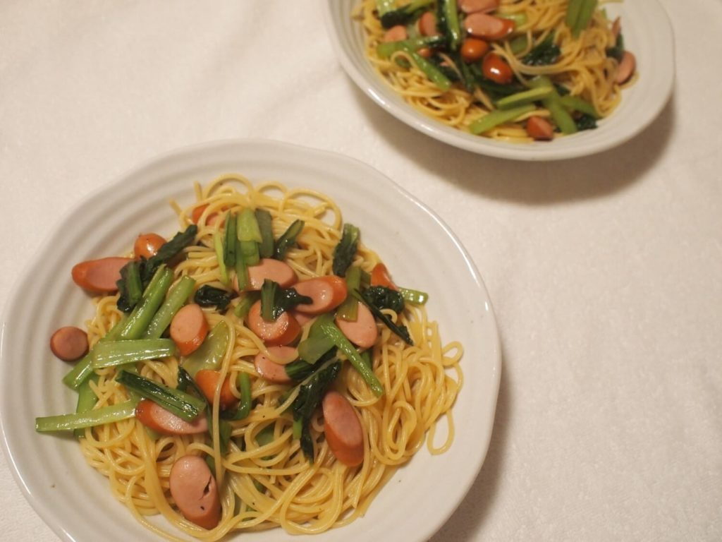 小松菜とポークウインナーを使った和風パスタ
