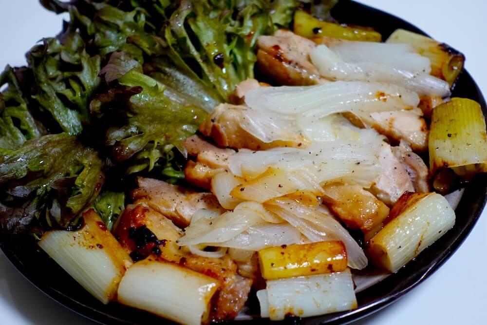 鶏肉とネギ炒め(ハンサムレタス付き)