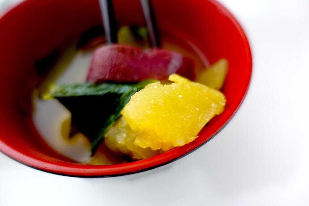 さつまいもと小松菜のお味噌汁